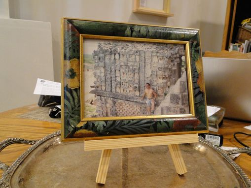 Custom Made Artistic Easel, Picture Frame Holder