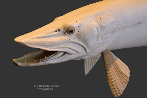 "Custom Made Wood Carving ""Muskellunge (Muskie)"""