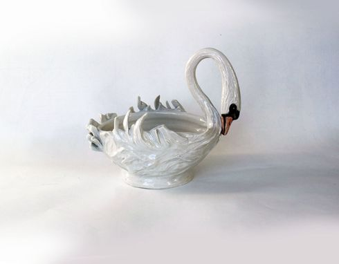Custom Made Elegant Swan Dish