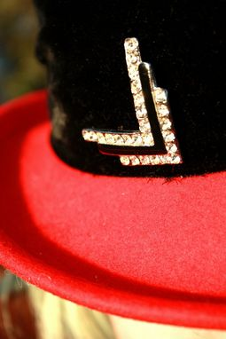 Custom Made Vintage Red Felt Fedora With Black Velvet Band Rhinestone Pin And Tulle Bow