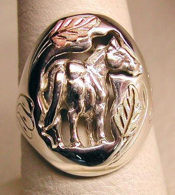 Custom Made Black Hills Gold On Silver Quarter Horse Ring