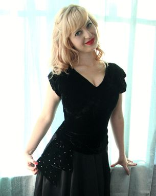 Custom Made Vintage 40s 50s Dress In Black Velvet And Silk Taffeta With Rhinestone Hip Sash And Dropped Waist S
