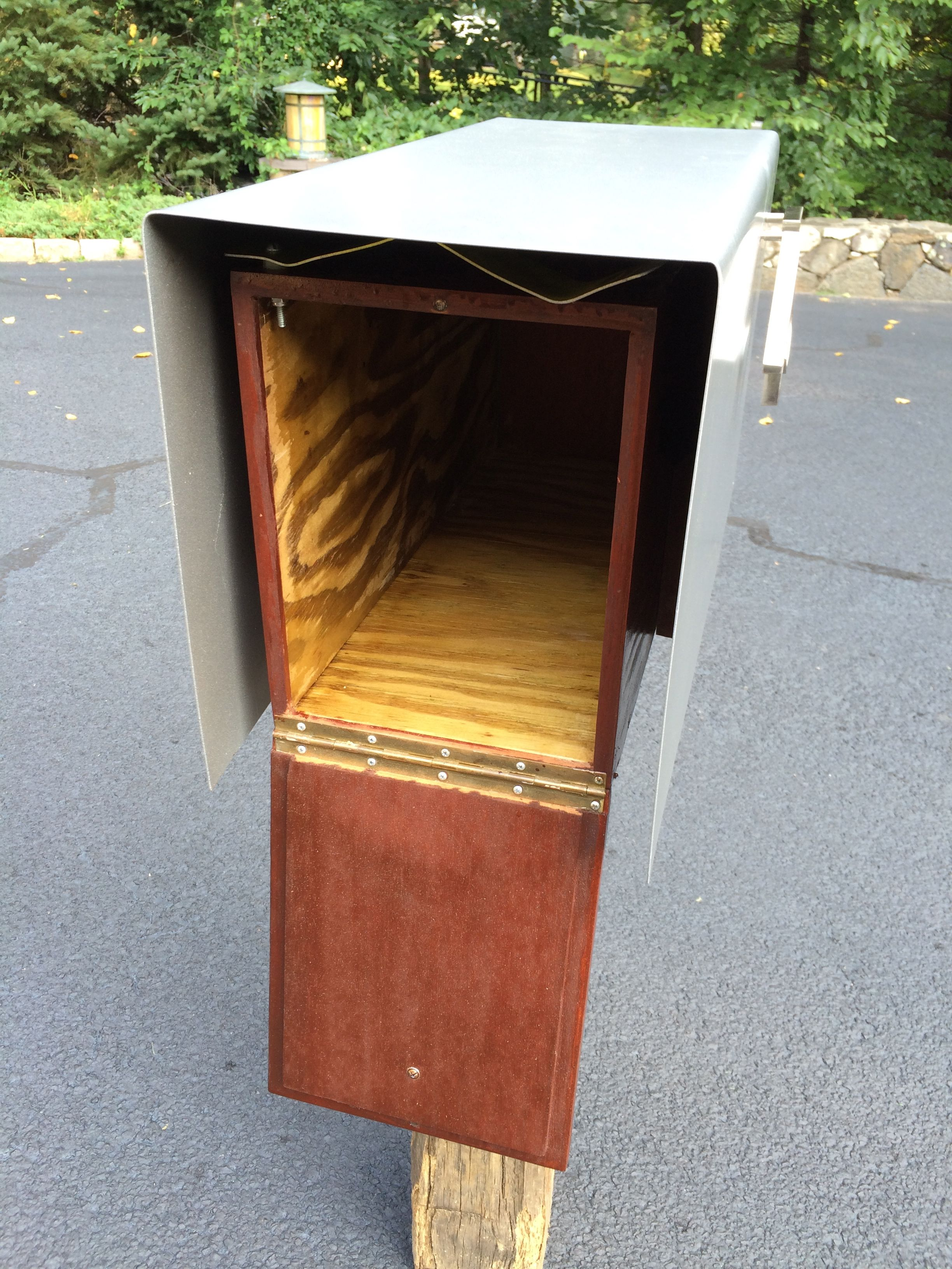 pedestal o mailbox with tailored post solar designs solaz mailboxes lighted