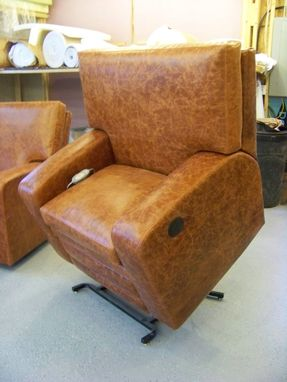 Custom Made Large And Regular Size Custom Recliners