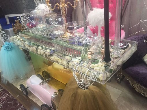 Custom Made Acrylic Bridal Table - Clear Modular Top, Mirror Base