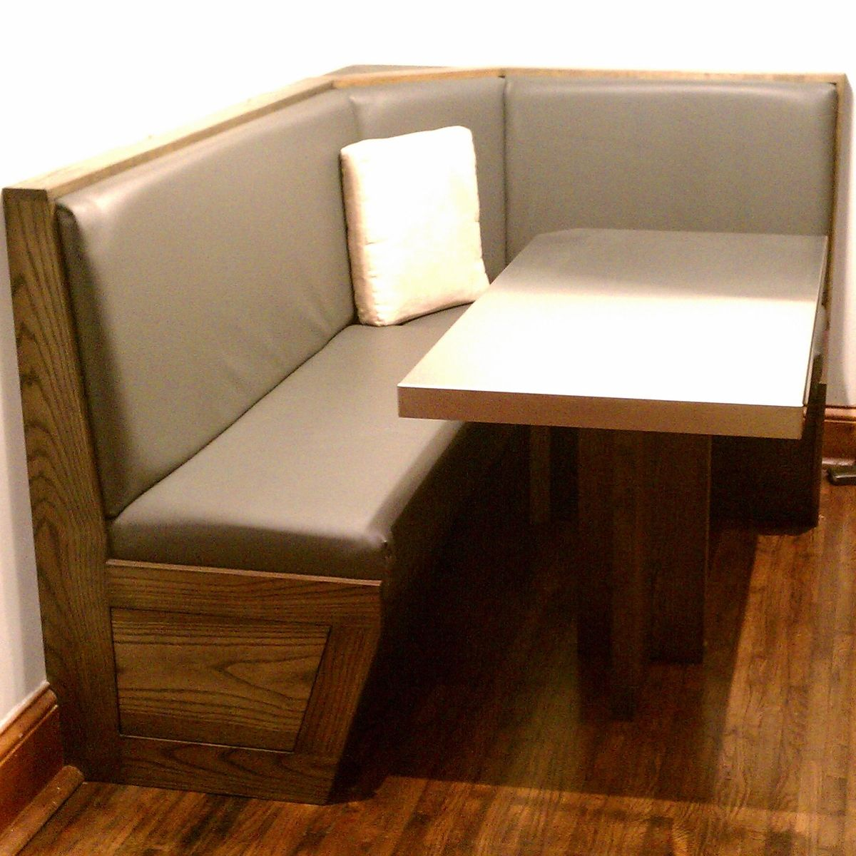 Custom built in booth and table by blue company inc for Built in booth