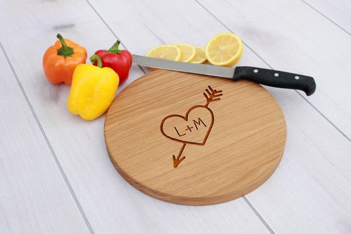 Custom Made Personalized Cutting Board, Engraved Cutting Board, Custom Wedding Gift – Cbr-Wo-Heartinitials