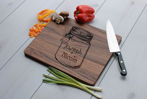 Custom Made Personalized Cutting Board, Engraved Cutting Board, Wedding Gift – Cb-Wal-Joseph+Nicolemasonjar