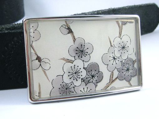 Custom Made Resin Belt Buckle With Grey Plum Blossom Design