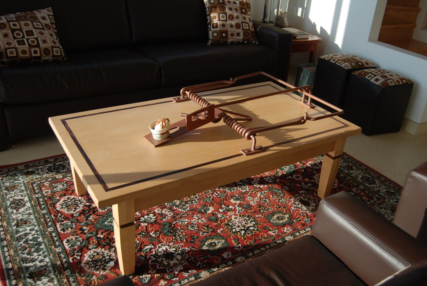 custom mousetrap coffee table by jose eguez ebanista. Black Bedroom Furniture Sets. Home Design Ideas