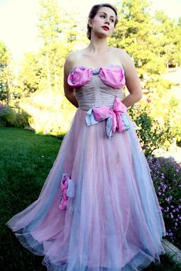 Custom Made Vintage 40s Couture Two Tone Pink Purple Tulle And Silk Bows Party Dress