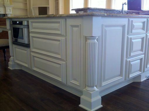 Custom Made Maple Traditional Style Kitchen.