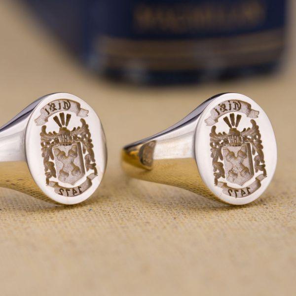 daeb63d9 Custom Signet Rings, Family Crest Rings & Coat of Arms Rings ...