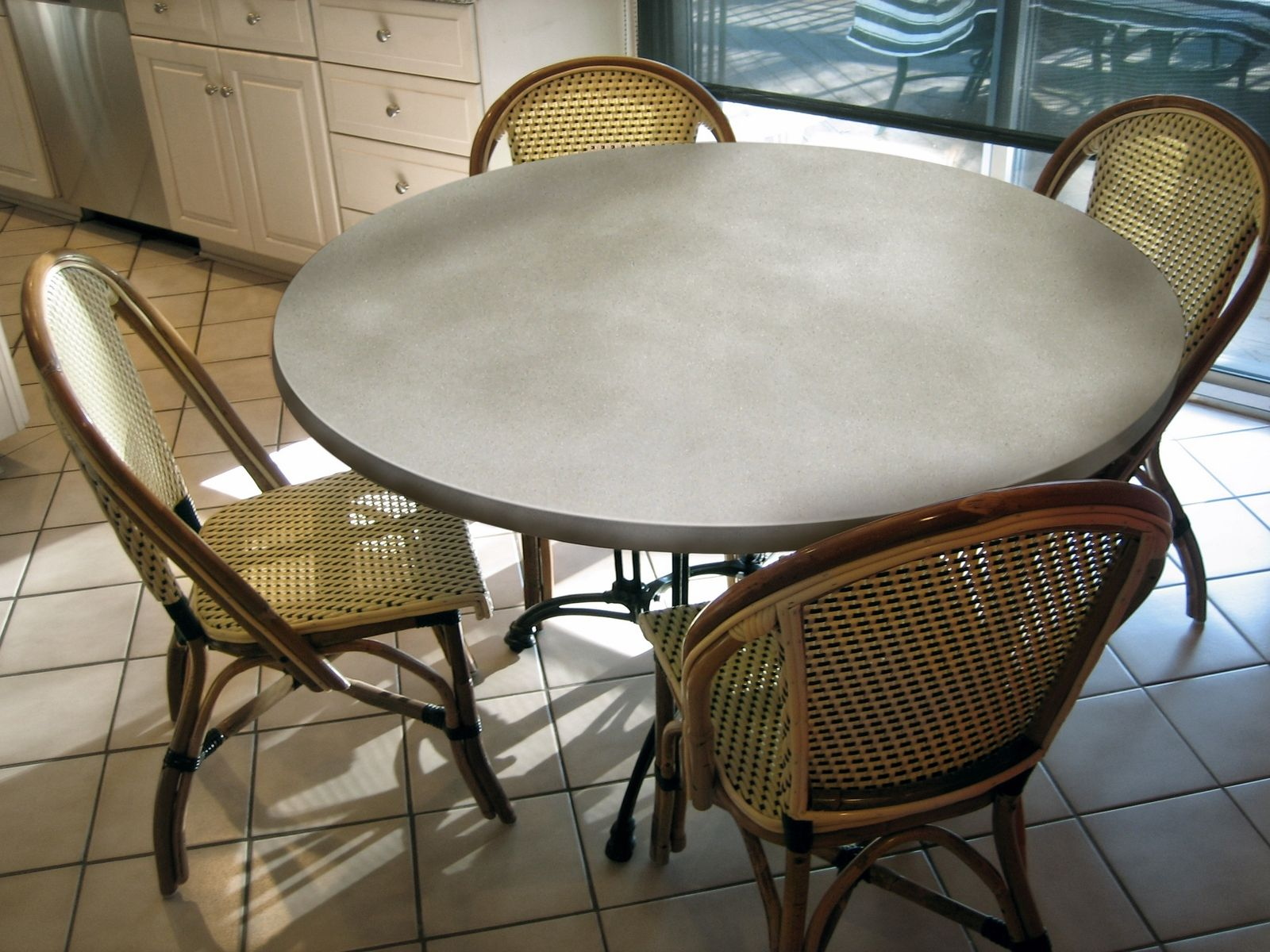 custom made round concrete table tops by trueform concrete. Black Bedroom Furniture Sets. Home Design Ideas