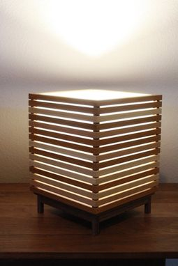 Custom Made Rokujuu  -  Table Lamp