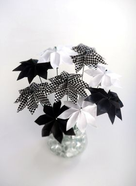 Custom Made Black And White Starburst - Whimsical Origami Paper Flower Bouquet