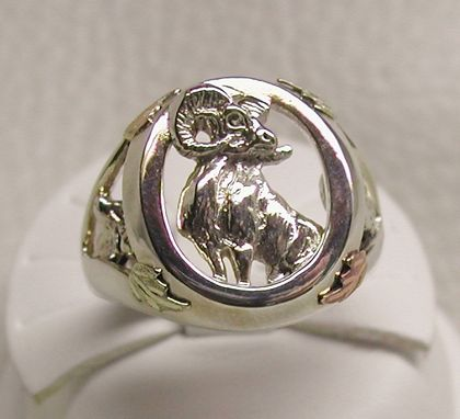 Custom Made Black Hills Gold On Silver Big Horn/Fish/Deer Ring