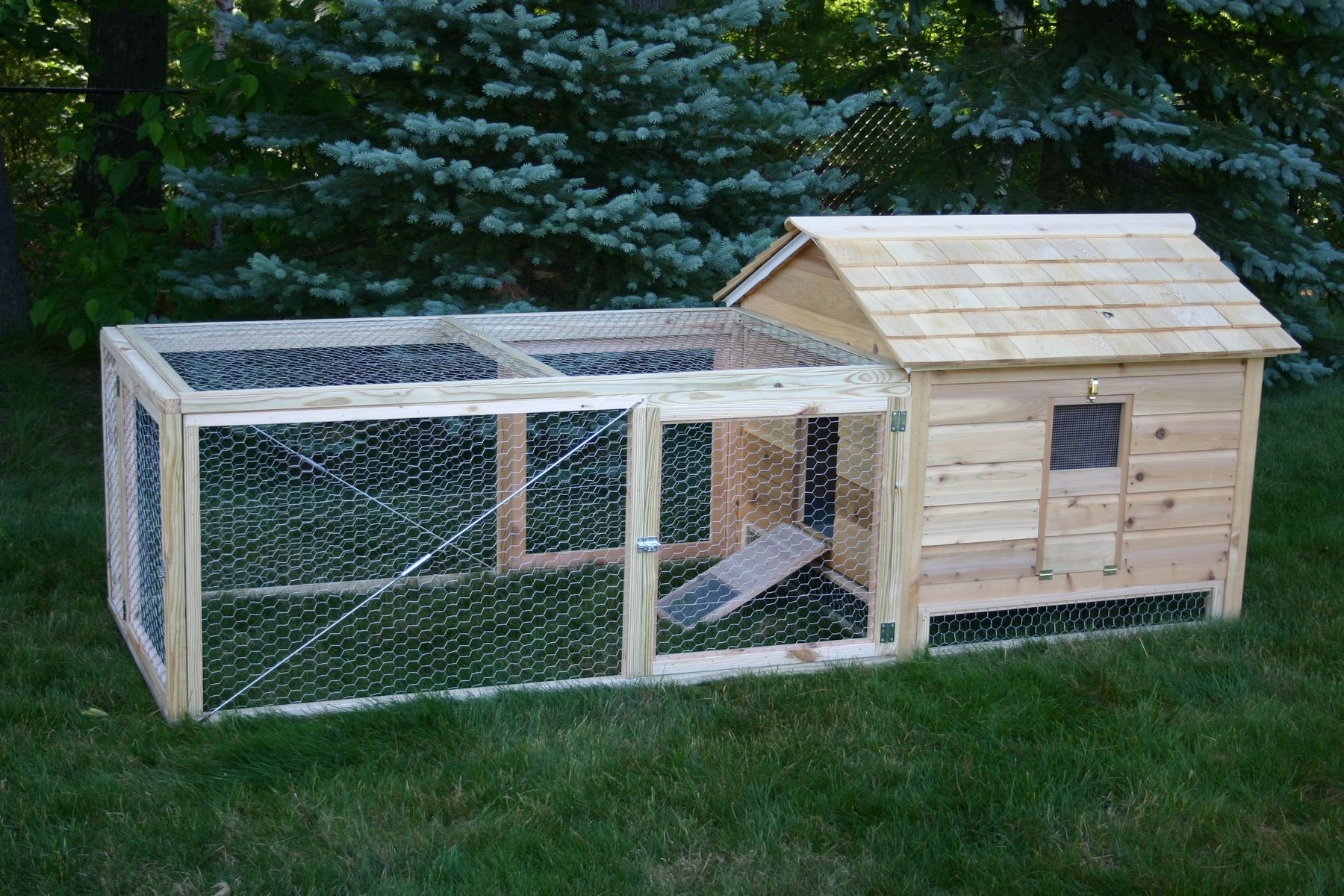 llc com duck woodworking chicken custommade hutch cedar hutches crafted lyonswoodworking hand coop by lyons