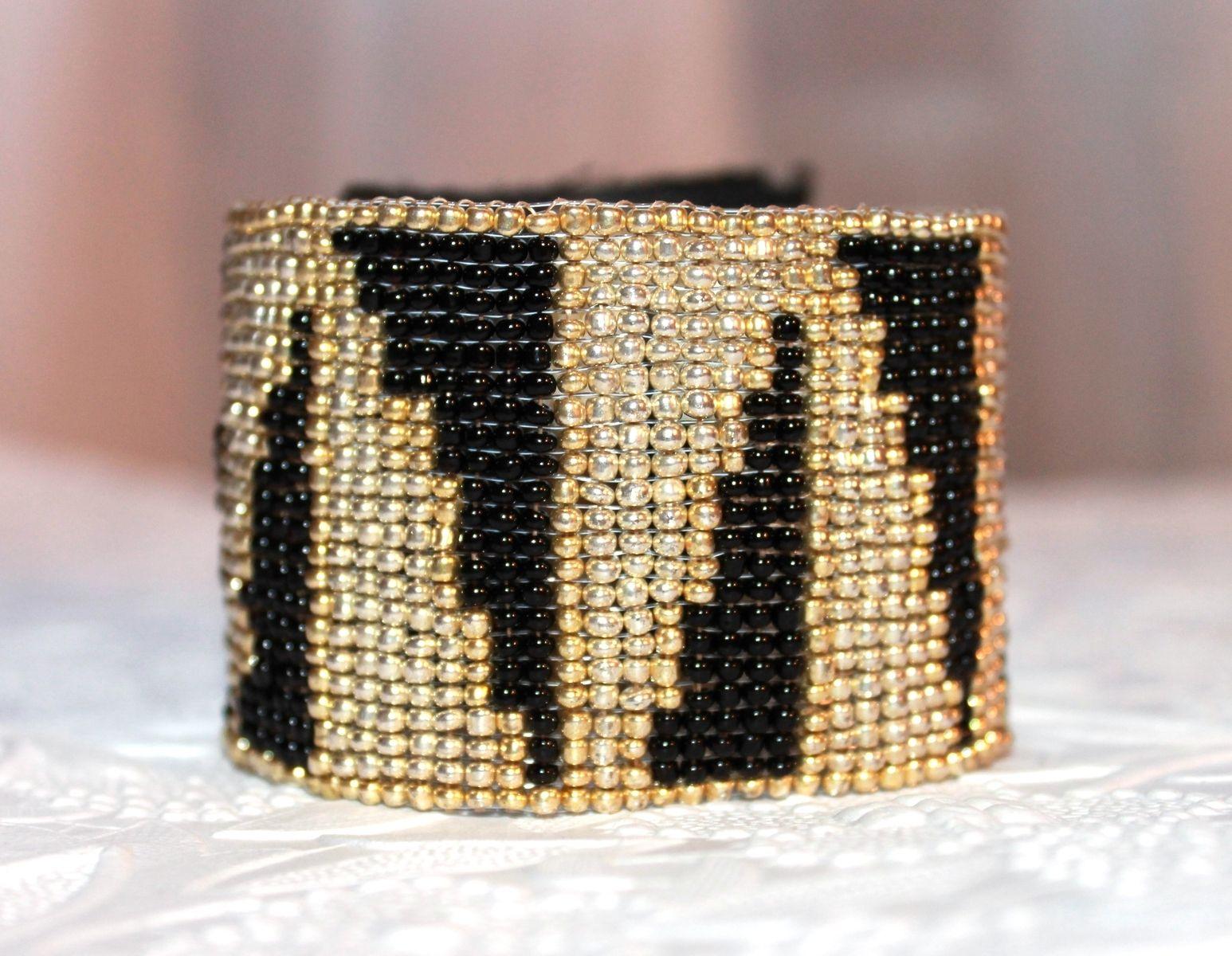 Hand Made Loom Beaded Bracelet Geometric Zebra Design By