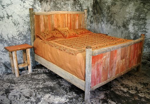 Custom Made King Size Reclaimed Barn Wood Bed And Nightstands