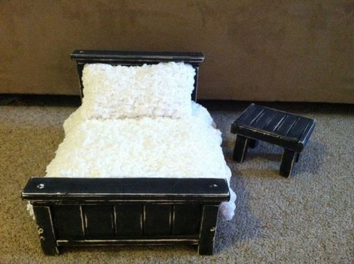 Custom Made Photo Prop Cream White Classic Bed And Mattress Set