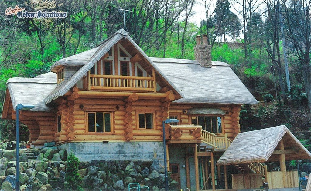 Custom Stained Cottage Roof On Log Home By Custom Shingles