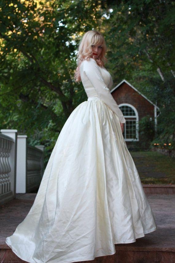 Custom vintage 1950s silk satin wedding dress princess for Silk vintage wedding dresses