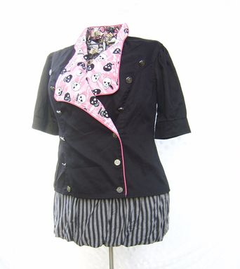 Custom Made Short-Sleeved Princess Seam Jacket With Contrast Lapels