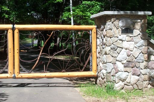 Custom Made Metal Gate