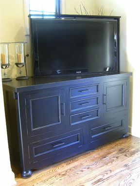 Custom Made Maple Console Tv Lift With Preset Angle