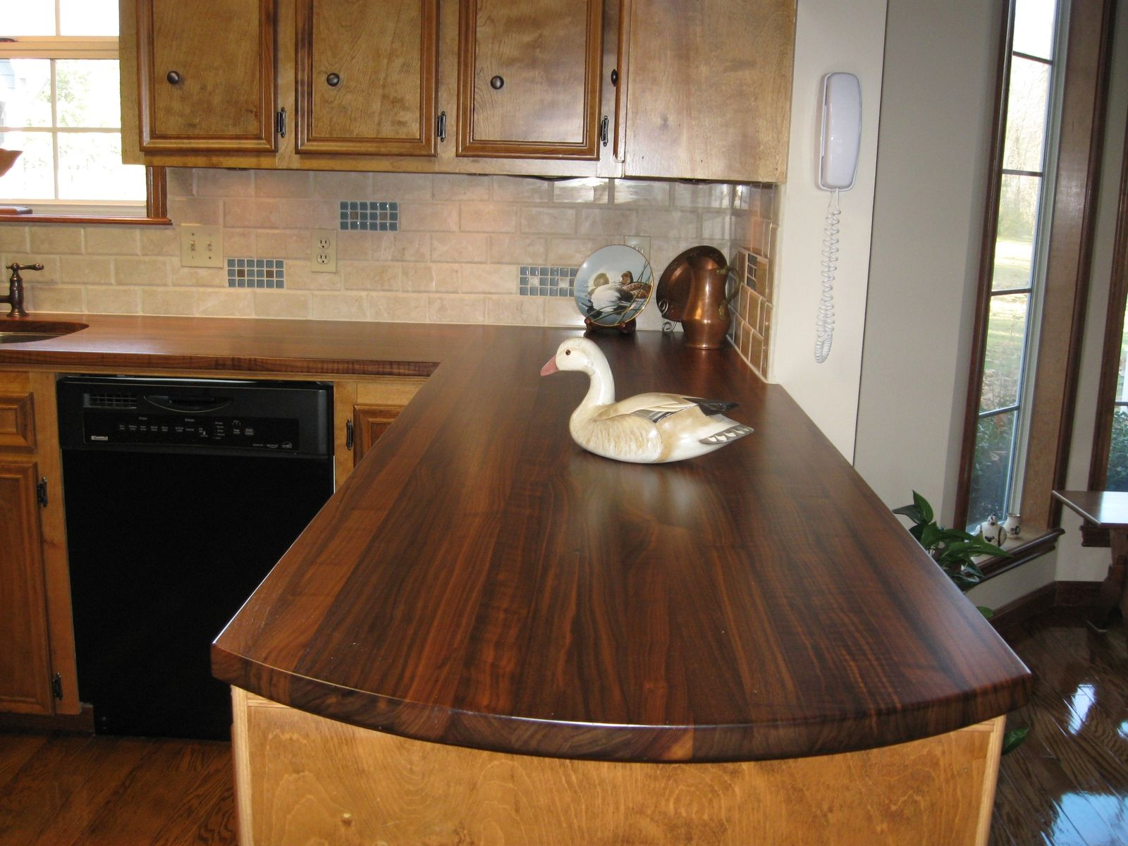 Custom walnut kitchen countertops by craft art direct for Walnut kitchen designs