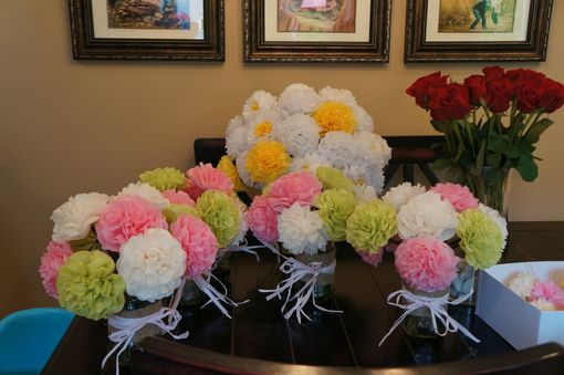 Custom Made Tissue Paper Flowers, Birthday Parties, Showers, Weddings!