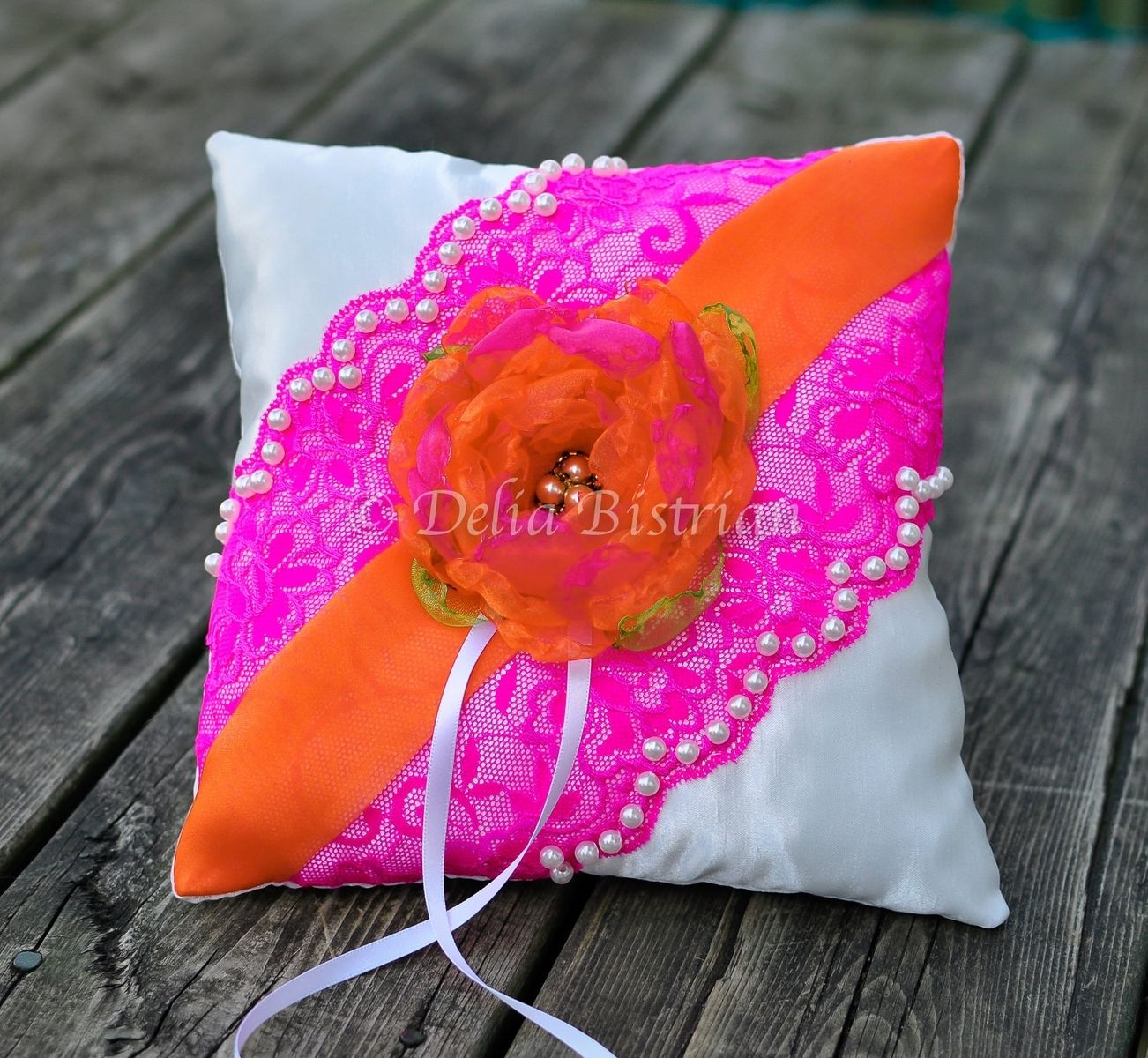 Hand Made Ring Bearer Pillow / Wedding Ring Pillow by Touch of ...