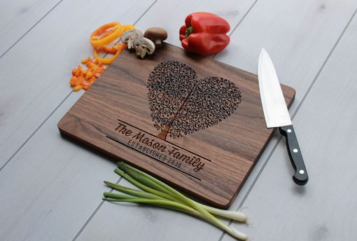 Custom Made Personalized Cutting Board, Engraved Cutting Board, Custom Wedding Gift – Cb-Wal-Mason