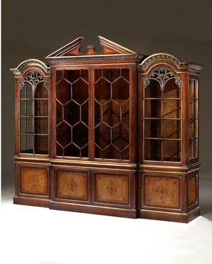 Luxury Furniture Solid Wood Entertainment Cabinet