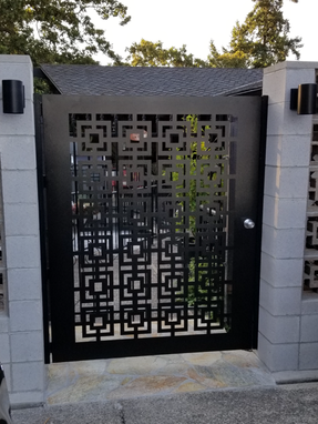 Custom Made Square Modern Urban Gate Steel Garden Walk Thru Pedestrian Urban Gate