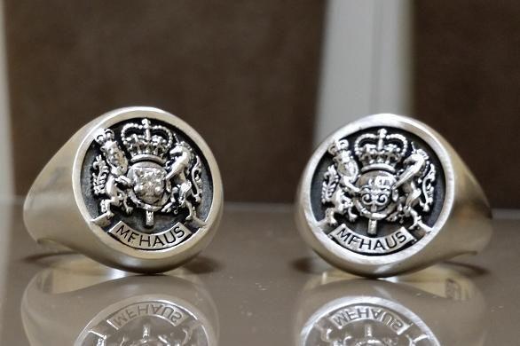 Custom Royal Crest Ring by 3dheraldry CustomMadecom
