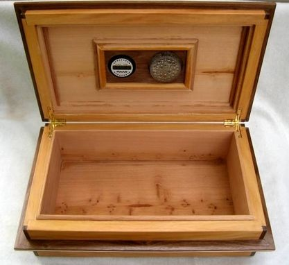 "Custom Made Peroba & Walnut ""Saddle Top"" Humidor"