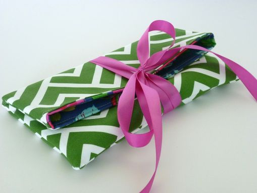 Custom Made Ribbon-Tie Bridesmaid Clutch