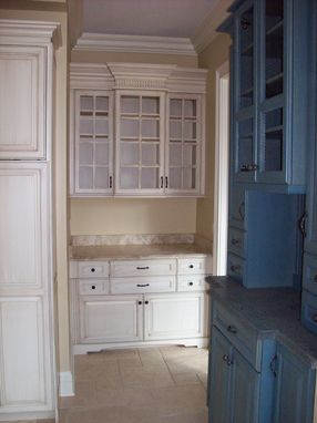 Custom Made Butlers Pantry
