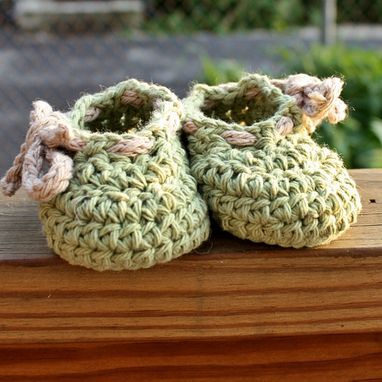 Custom Made Crochet Baby Shoes Booties - Green Beige Cotton Custom