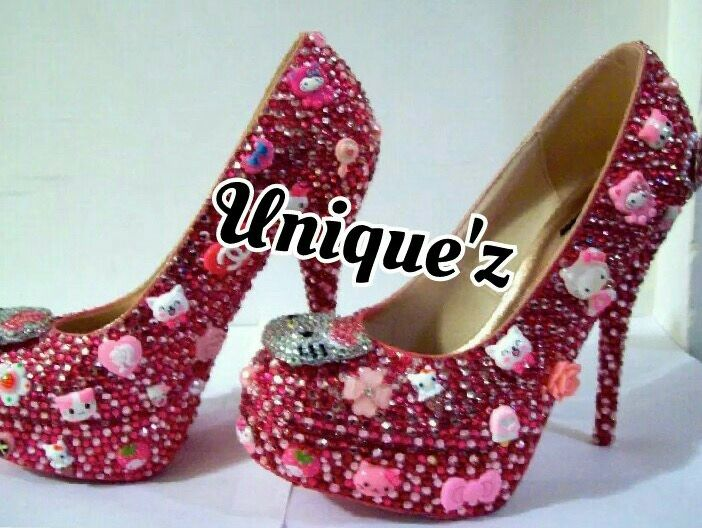 4452524c9b4 Buy a Hand Made Hello Kitty Heels (Sparkle Kitty), made to order ...