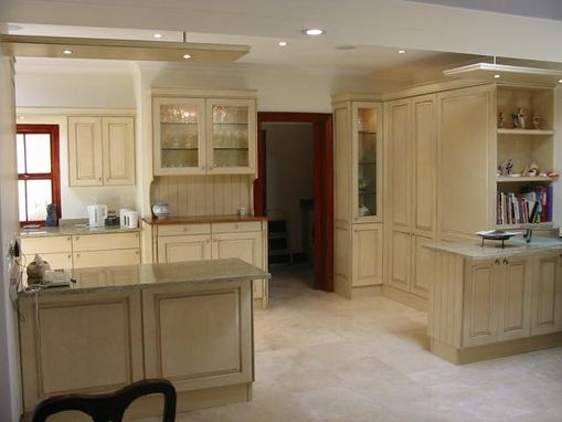 Custom Made Kitchen Units With Glazed Finish