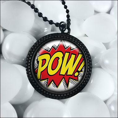 Custom Made Retro Comic Book Black Novelty Pendant Necklace 292-Jbrn
