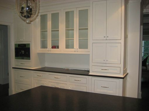 Custom Made Transitional Kitchen