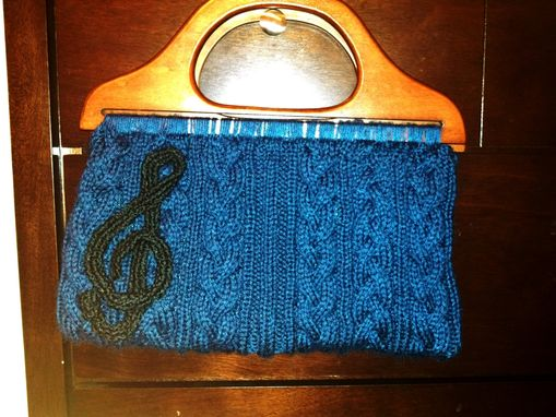 Custom Made Women's Knit Cable Purse With Treble Clef Motif
