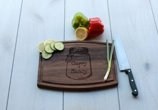Custom Made Personalized Cutting Board, Engraved Cutting Board, Wedding Gift – Cba-Wal-Gary Nancy Mason Jar