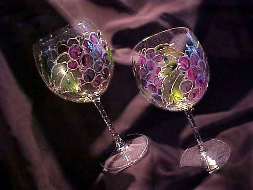 Custom Made Purple Grape Designed Wine Goblets