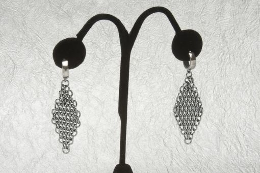 Custom Made Black Mesh Earrings – Diamond Shape Earring