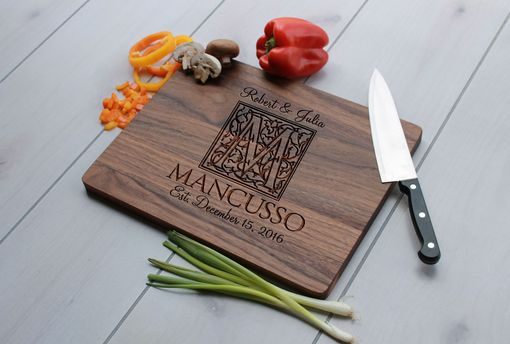 Custom Made Personalized Cutting Board, Engraved Cutting Board, Custom Wedding Gift – Cb-Wal-Mancusso